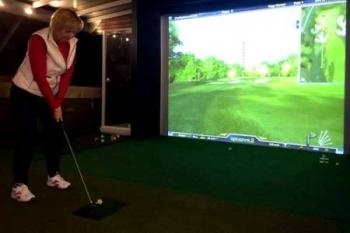 """""""A golf? Az terápiás céllal kell!"""