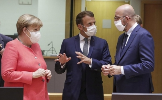 Történelmi megállapodás Brüsszelben